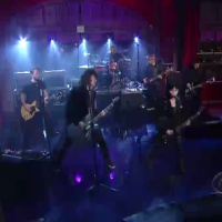 Live: Foo Fighters & Joan Jett @ Late Night with David Letterman