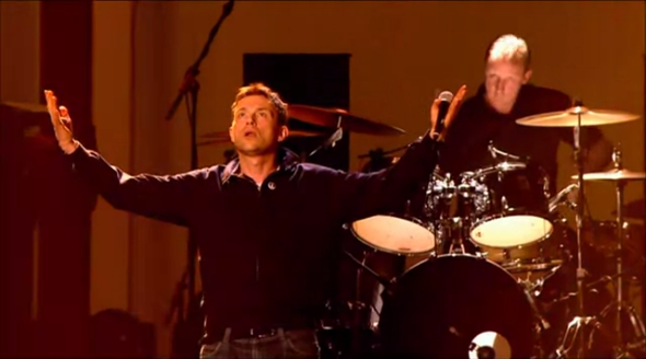 Live: Blur @ Brit Awards 2012