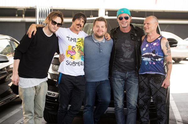 Am 13. Juni erscheint die Carpool Karaoke mit James Corden und den Red Hot Chili Peppers. Fotos: Screenshot / Instagram /chilipeppers